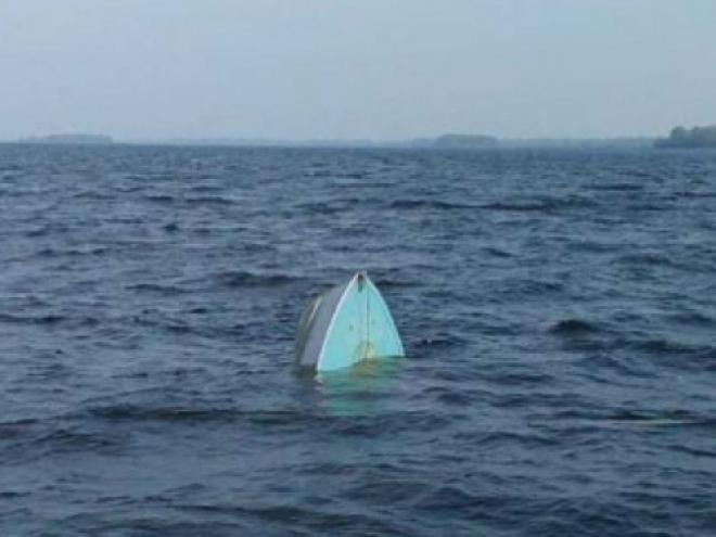 В Самарской области на Волге перевернулась лодка