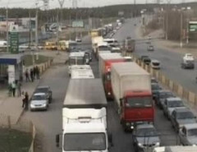 Транспортный коллапс в Тольятти на Радоницу