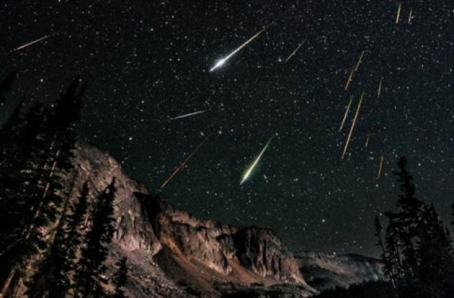В декабре жители Самарской области смогут наблюдать два звездопада