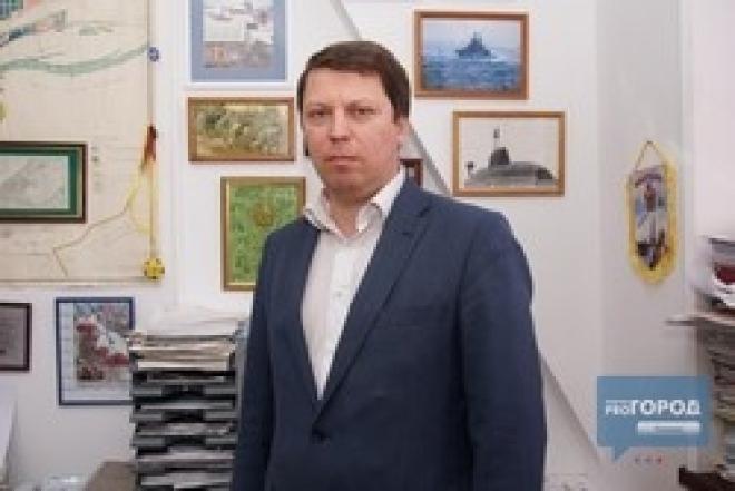 Квартиру депутата губернской думы Михаила Матвеева обыскивали семь часов